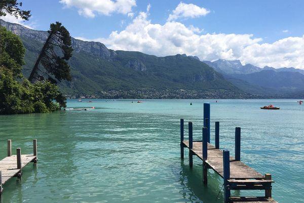 Découvrez le magnifique lac d'Annecy